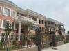 东关大别墅两层半400平 带84平花园 出路5米 90万